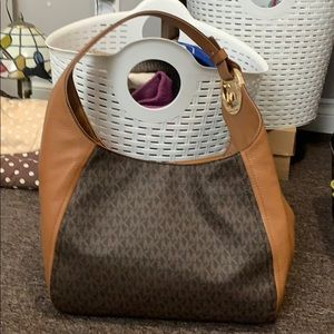 Authentic Michael Kors tote with gold details